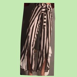 forever 21 flowy tie pants with a slit in middle